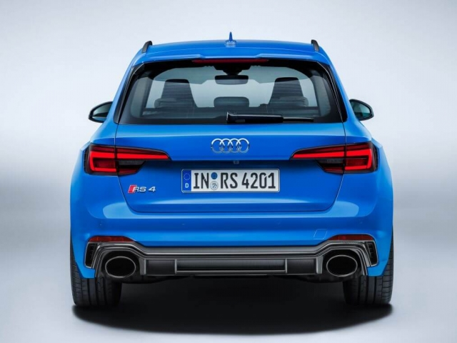 AUDI RS4 RS 4 TFSI Quattro 5dr S Tronic
